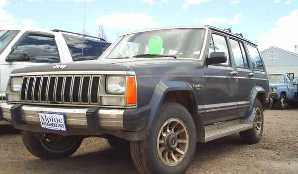1987-Jeep-Cherokee-grey.JPG
