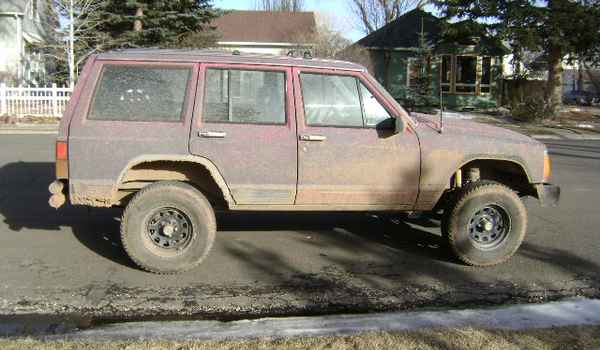 1989-Jeep-Cherokee-rt-411200.JPG