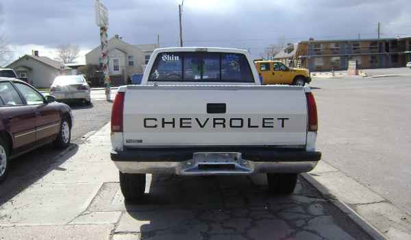 1990-Chevy-1500-rear-107215.JPG