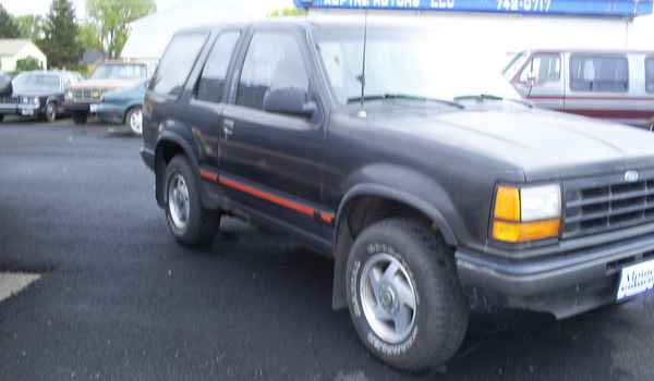 1991-2dr-Ford-Explorer-rt.JPG