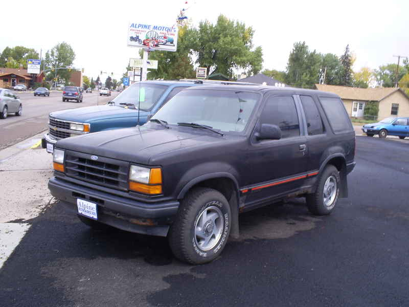 1991 2dr ford explorer at alpine motors. Black Bedroom Furniture Sets. Home Design Ideas