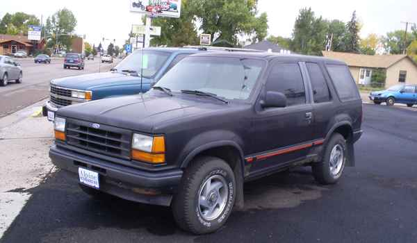 1991-2dr-Ford-Explorer.JPG