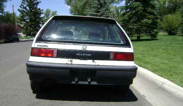 1991-Honda-Civic-rear-593443.JPG