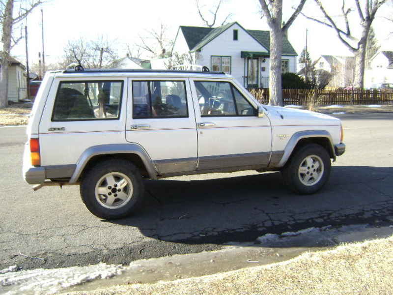 Jeep Cherokee Rt on 2005 Ford Five Hundred Interior
