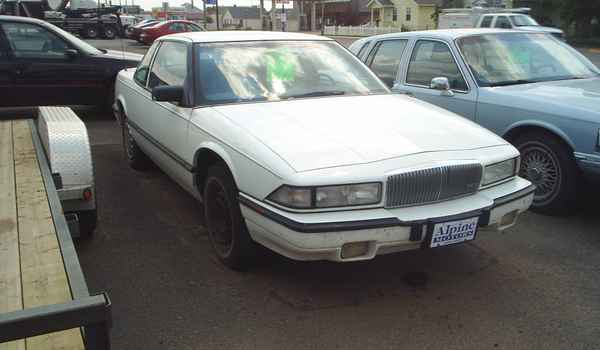 1993-Buick-regal-rt.JPG