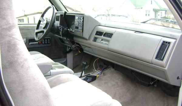1994-Chevy-K2500-int-123367.JPG