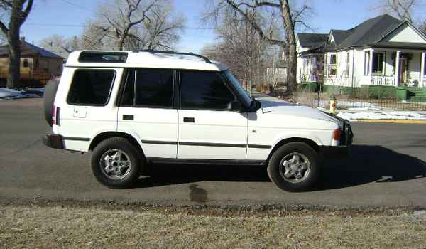 1994-Land-Rover-Discovery-rt-090416.JPG