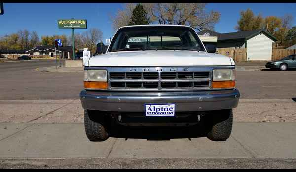 1994_Dodge_Dakota_4x4-14457149921.jpg