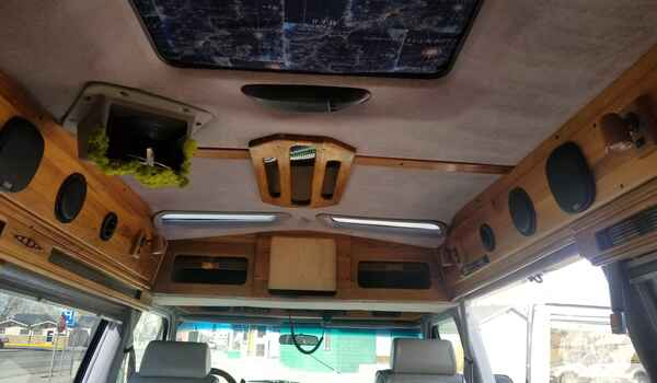1994_GMC_Vandura_G2500_Conversion-161203951810.jpg
