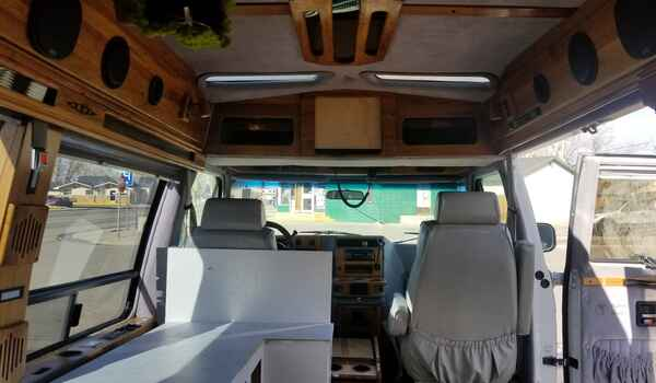 1994_GMC_Vandura_G2500_Conversion-161203951811.jpg