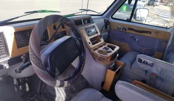 1994_GMC_Vandura_G2500_Conversion-16120395185.jpg