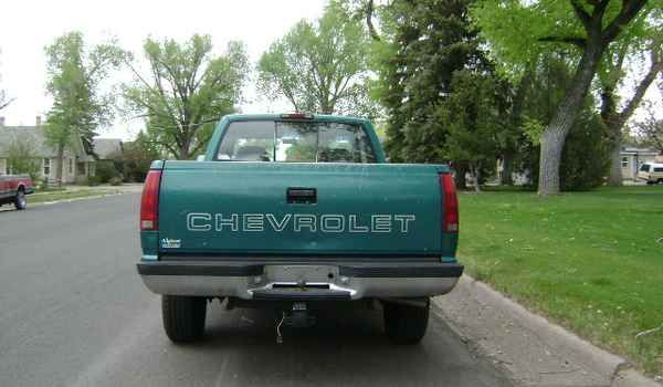 1995-Chevy-K1500-rear-269469.JPG