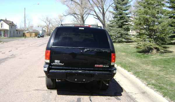 1995-GMC-Jimmy-rear-528716.JPG