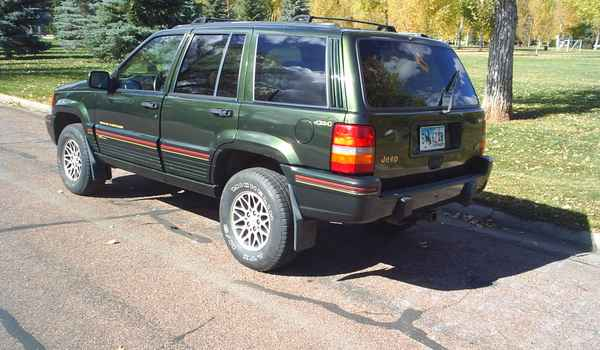1995-Jeep-Grand-Cherokee-Orvis-lft-rear.JPG