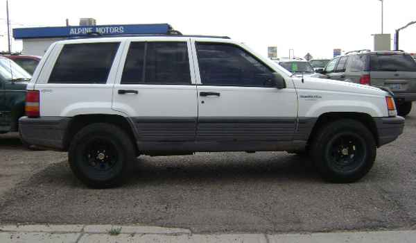 1995-Jeep-Grand-Cherokee-rt-702612.JPG