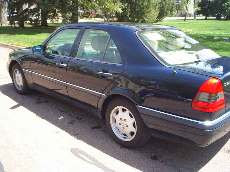 1995 merceds benz c220 at alpine motors