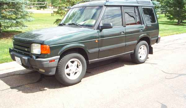 1996-Land-Rover-Discovery-SE.JPG