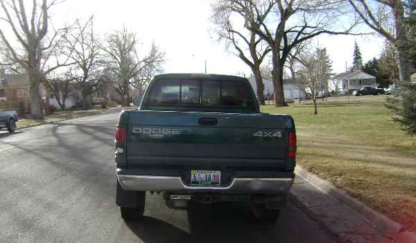 1997-Dodge-Ram-1500-rear-715333.JPG