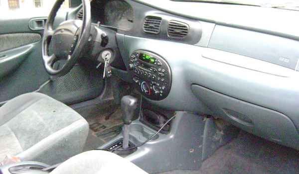 1997-Ford-Escort-int-184790.JPG
