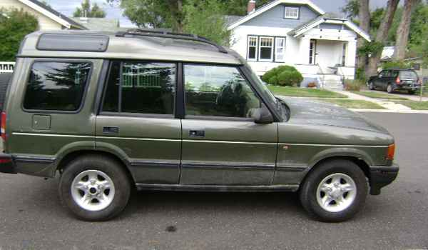 1997-Land-Rover-Discovery-rt-609707.JPG