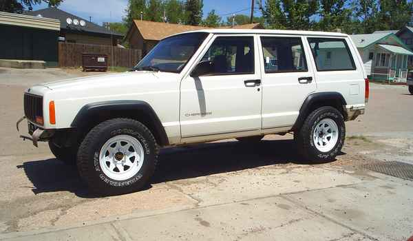 1998-Jeep-Cherokee-side.JPG