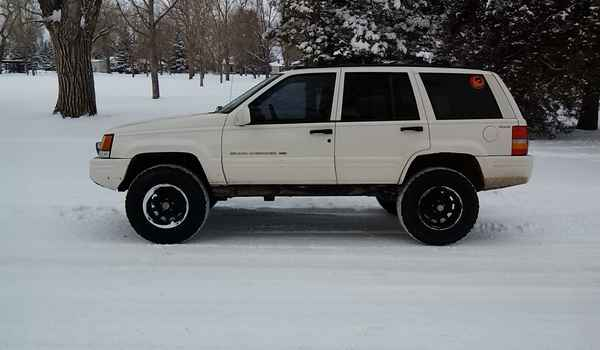 1998-Jeep-Grand-Cherokee-lft-266179.jpg