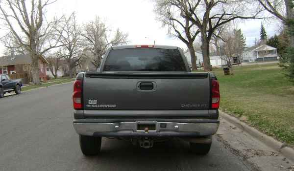 1999-Chevy-Silverado-rear-123124.JPG