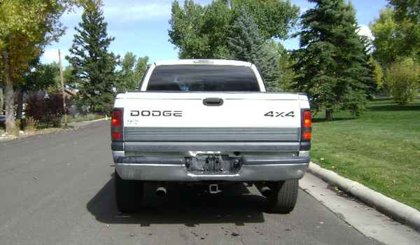1999-Dodge-Ram-1500-rear-591580.JPG