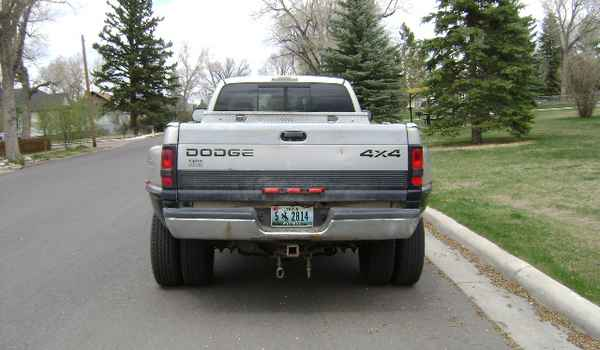 1999-Dodge-Ram-3500-rear-538756.JPG