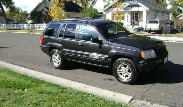 1999-Jeep-Grand-Cherokee-rt-532621.JPG