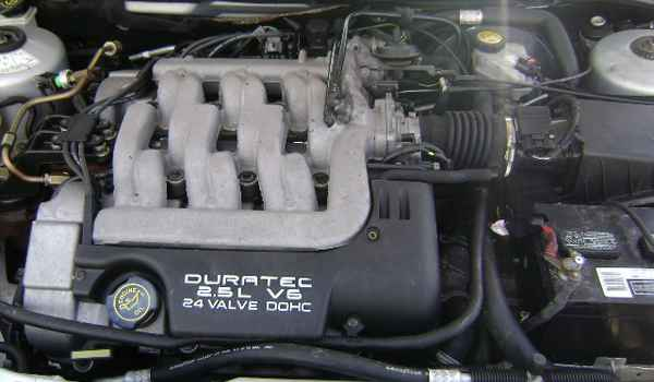 1999-Mercury-Cougar-engine-761155.JPG