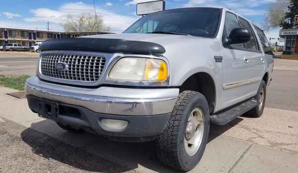 1999_Ford_Expedition_XLT_4x4-16220478260.jpg