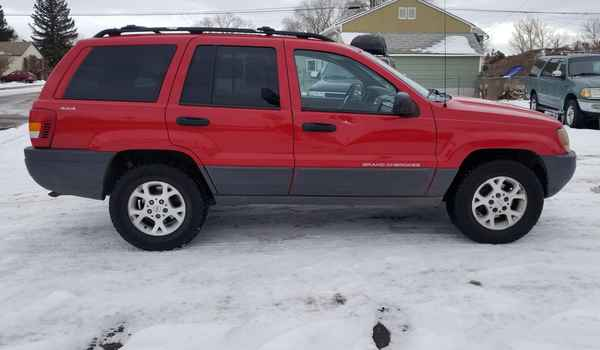 1999_Jeep_Grand_Cherokee_Laredo-15518961943.jpg