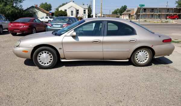 1999_Mercury_Sable-15341812232.jpg