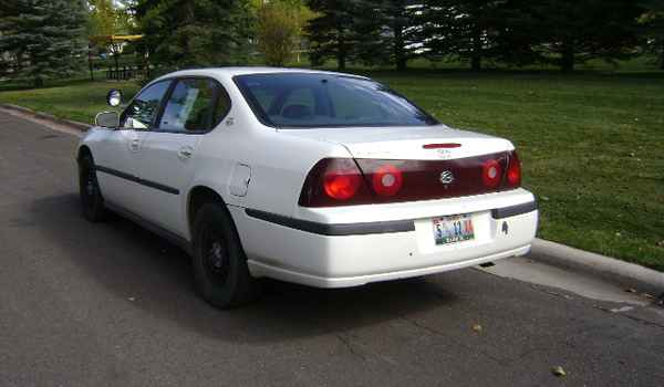 2000-Chevy-Impala-rear-365887.JPG