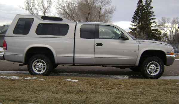 2000-Dodge-Dakota-rt-658943.JPG