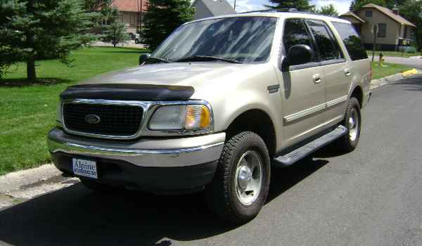 2000-Ford-Expedition-b28172.JPG