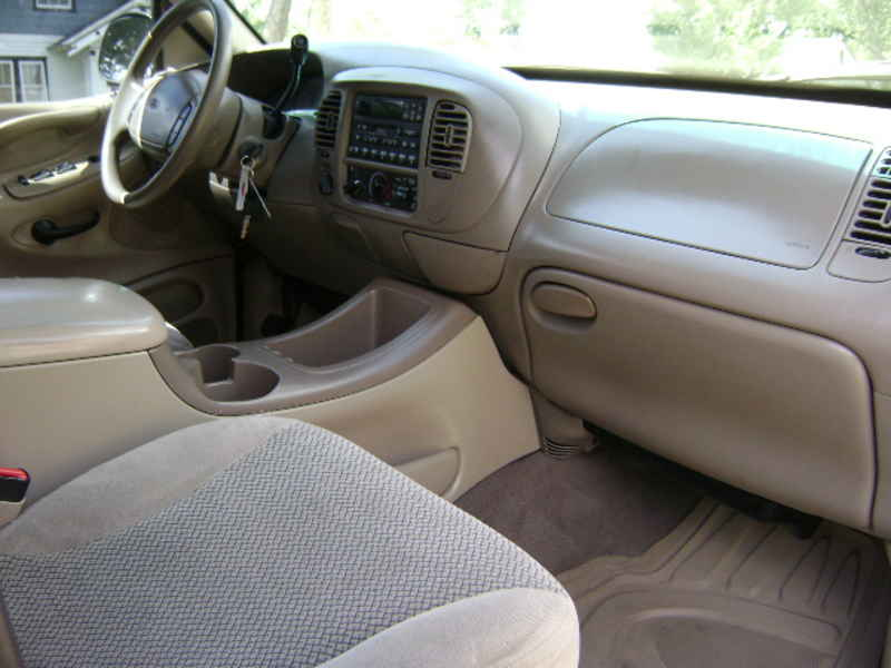 Grand Cherokee 3Rd Row >> 2000 ford expedition xlt b28172 at Alpine Motors