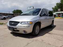 2000 Chrysler Town and Country AWD