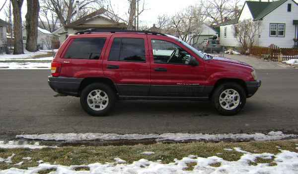 2001-Jeep-Grand-Cherokee-rt-701333.JPG