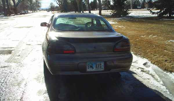 2001-Pontiac-Grand-Prix-rear.JPG