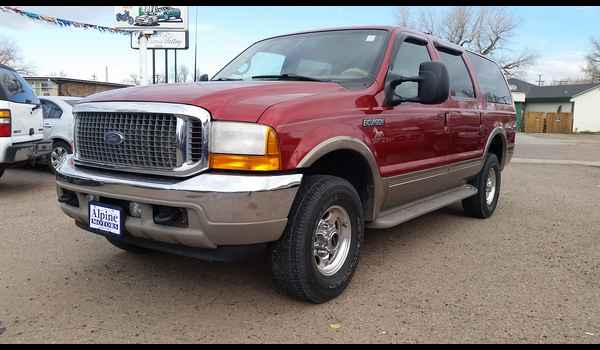 2001_Ford_Excursion_Limited-14780178980.jpg