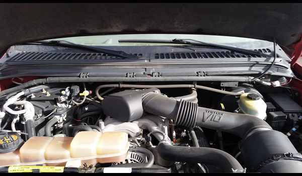 2001_Ford_Excursion_Limited-147801789811.jpg
