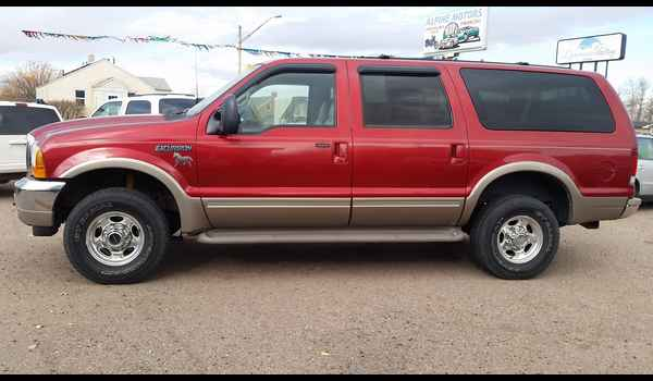 2001_Ford_Excursion_Limited-14780178982.jpg