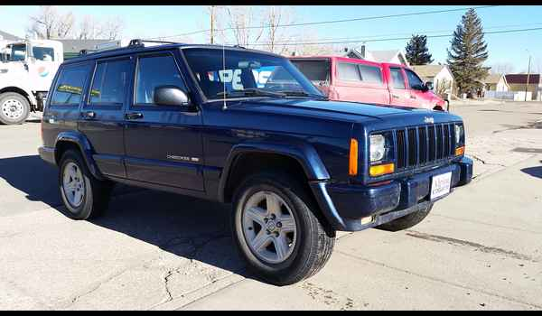 2001_Jeep_Cherokee_Limited-14895079005.jpg