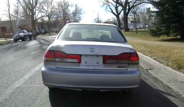 2002-Honda-Accord-rear-159790.JPG