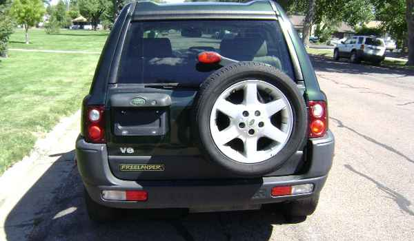2002-LandRover-Freelander-rear.JPG