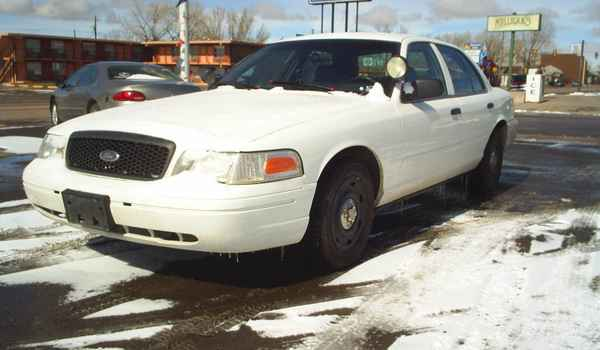2004-Ford-Crown-Victoria-P71-Police-interceptor.JPG