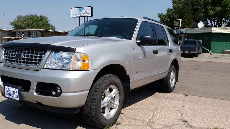 2004 ford explorer xlt 4x4 at alpine motors. Black Bedroom Furniture Sets. Home Design Ideas