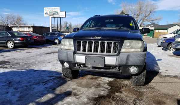 2004_Jeep_Grand_Cherokee_Freedom_Edition-15448212811.jpg